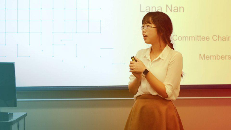 Lana Nan presenting her research paper